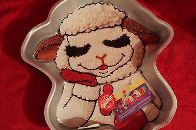 B VINTAGE WILTON CAKE PAN / 1993 LAMB / SHEEP CAKE PAN