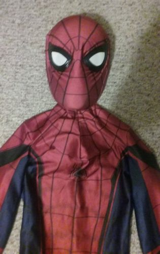 Spiderman Homecoming suit costume