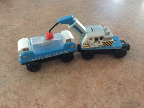 Authentic Learning Curve Wooden Thomas Train Ice Delivery Set! Frozen Shark!