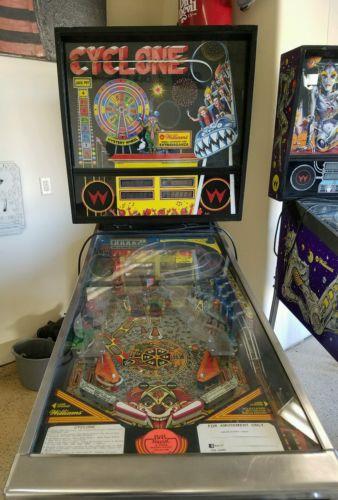 cyclone pinball machine