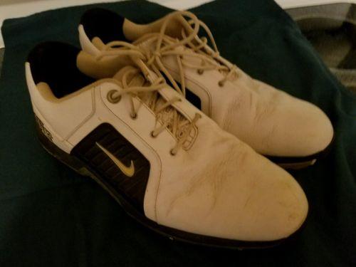 Nike golf shoes 10.5