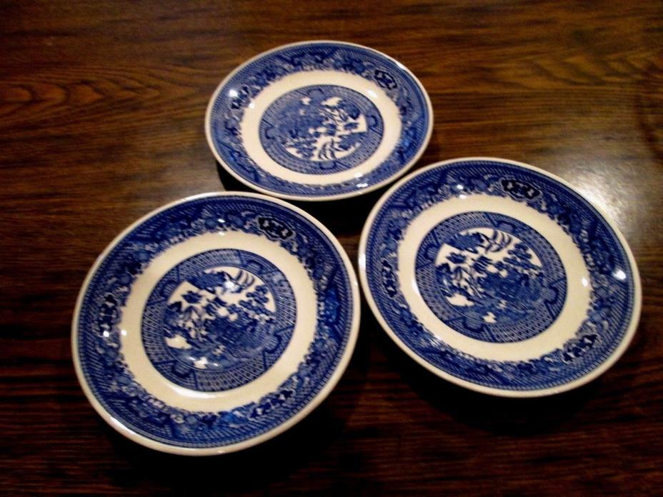 3 Blue Willow Royal China Saucers/Plates Set of 3 Clean Glossy Vintage 1950s