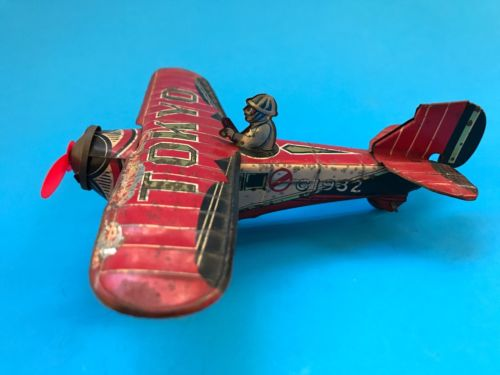 Tin Toy. War Airplane With Pilot. Made In Japan In The 30s. TOKYO