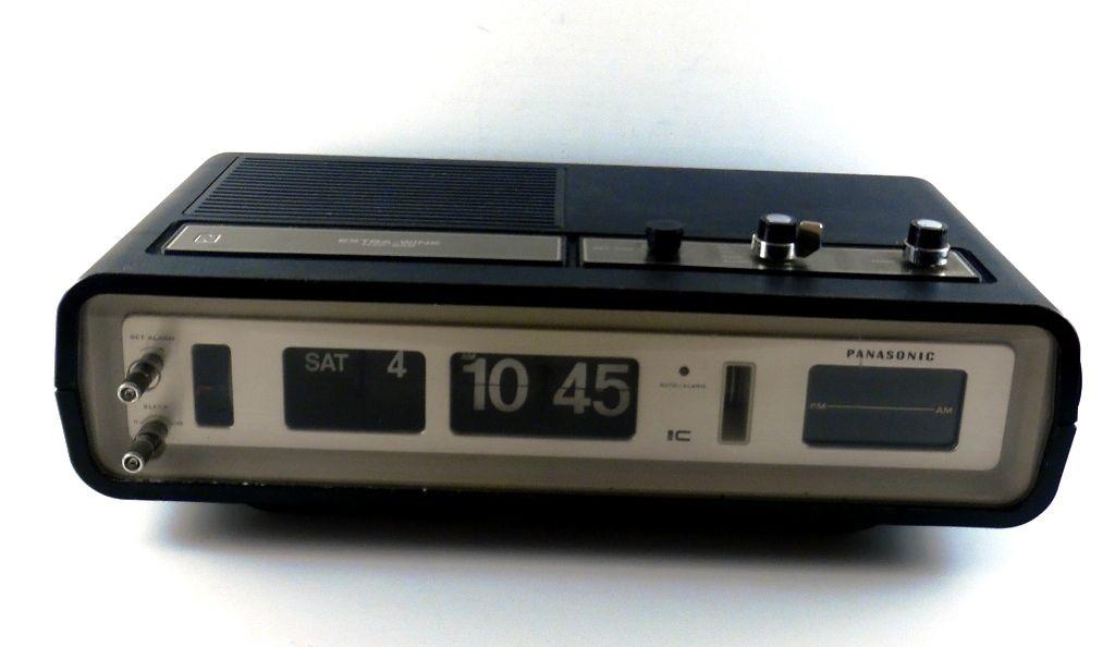 Panasonic National RC6551 AM/FM Flip Snooze Alarm Clock Radio 1970 VTG Japan
