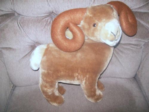 Vintage Dakin Bighorn Sheep RAM 13