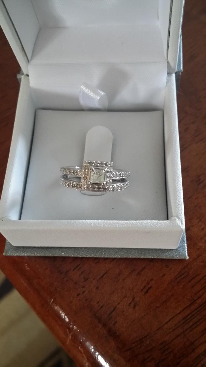 10K WHITE GOLD WEDDING RING SET