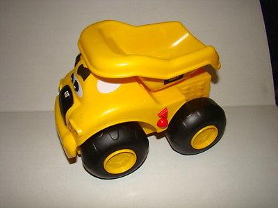 CAT Buildin Crew Move & Groove Toy Truck - Haulin Harry