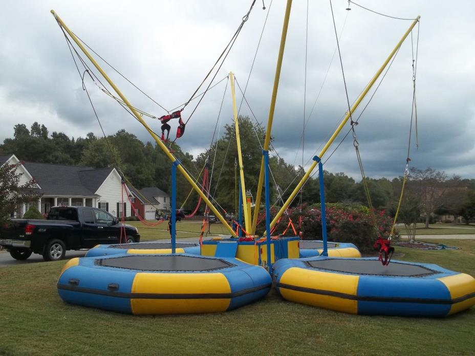 4-in-1 Mobile Bungee Trampoline 30x30x20