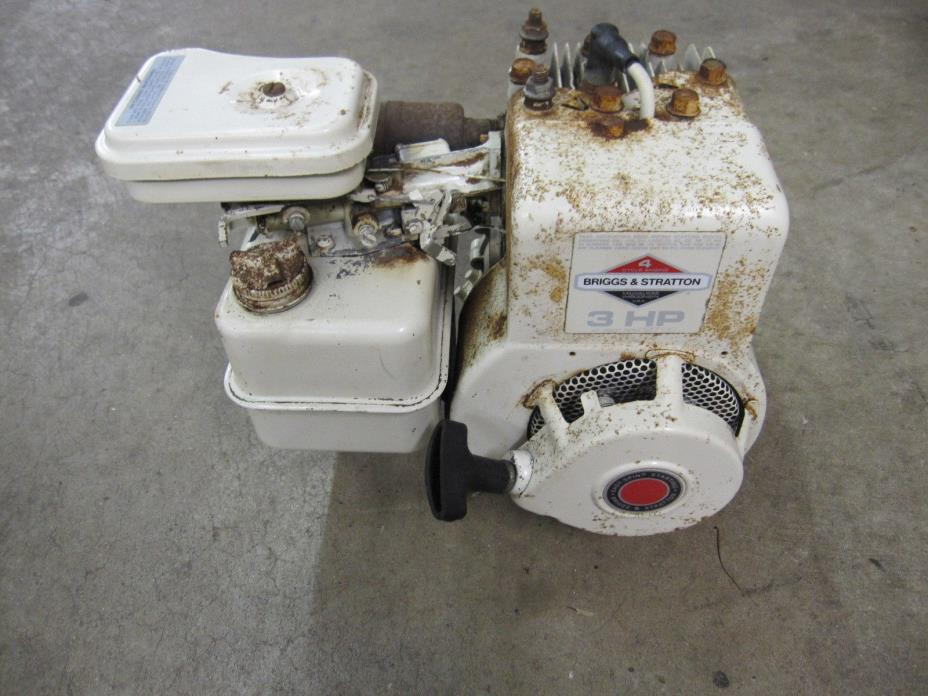 Vintage BRIGGS & STRATTON  80202 3HP Stationary Engine Clutch Mini Bike Go Kart