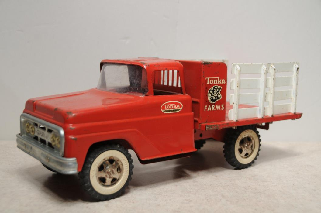TONKA FARMS STAKE TRUCK 1960's