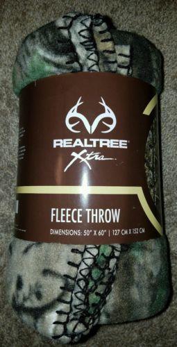 NEW Realtree Xtra Camouflage Fleece Throw Blanket Size 50