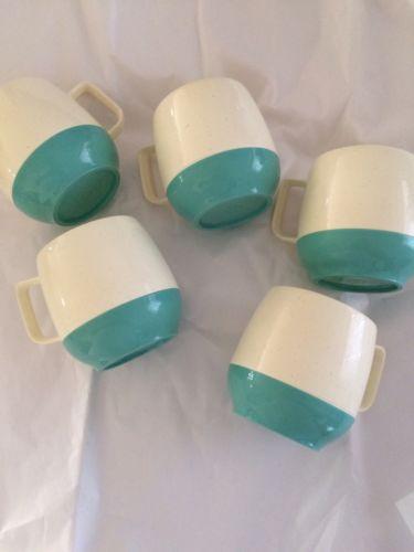 VNTG Bopp -Decker Vacron Plastic CUPS Aqua & White ~Mid Century