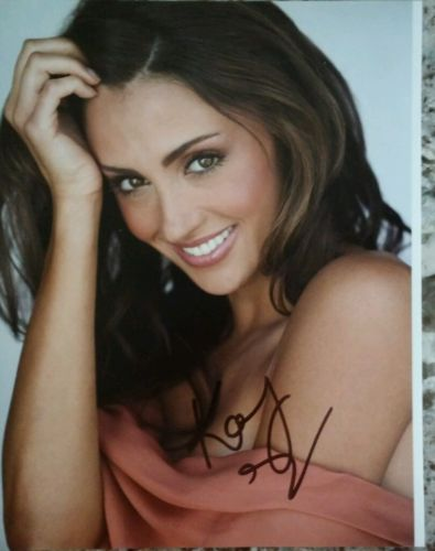 Katie Cleary autograph