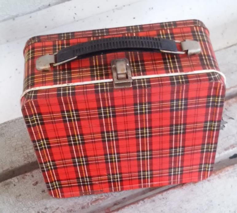 70 S Lunch Boxes For Sale Classifieds