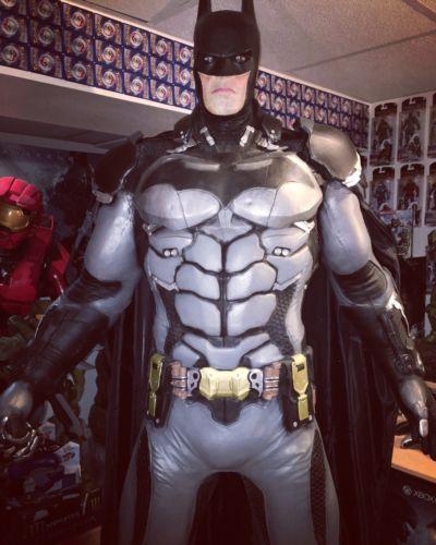 Life Size Batman Statue Neca