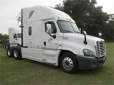 2015 FREIGHTLINER CASCADIA 125 EVOLUTION Commercial Trucks