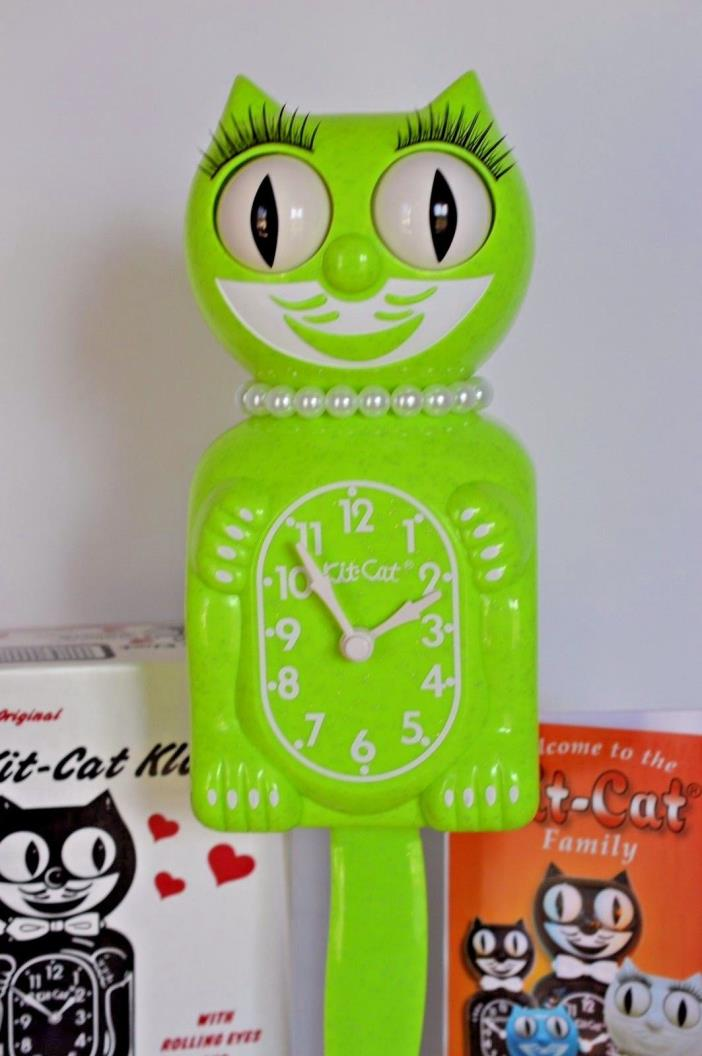 Kit Cat Clock CHARTREUSE GREEN Limited Edition Moving Eyes & Tail Made In USA