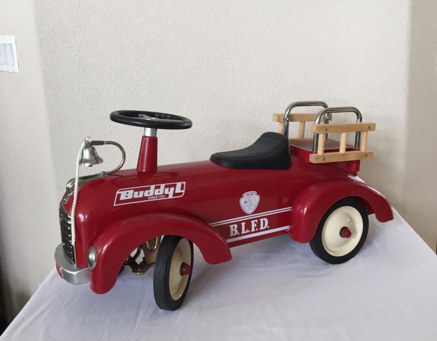RARE BUDDY L BLFD METAL RIDE ON FIRE CHIEF #9 ENGINE TRUCK Toddler Toy Display
