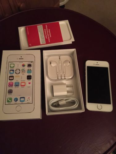 Straight Talk iPhone 5s 16gb Color White