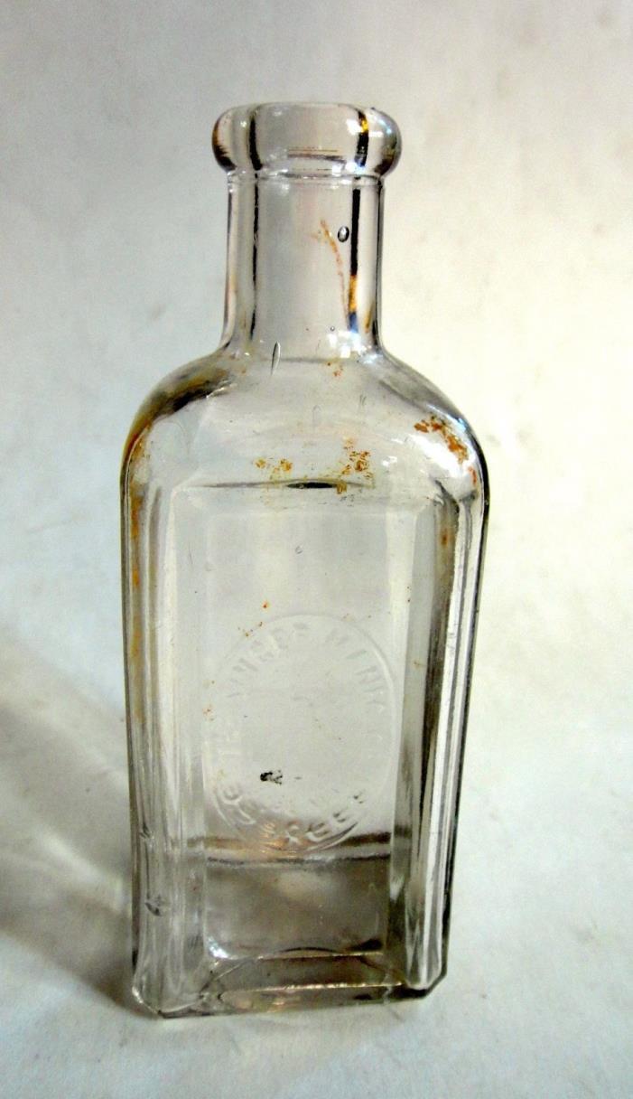 Singer Manufacturing Sewing Machine Oil Bottle