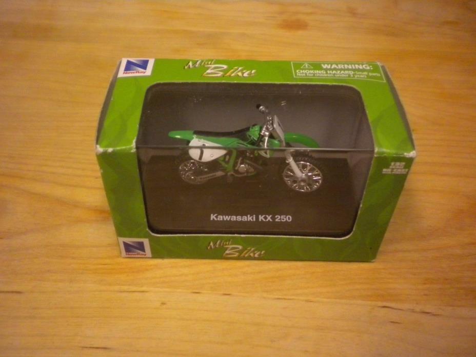New Ray Mini Bike Kawasaki KX 250 Dirtbike 1/32 Die Cast 2003