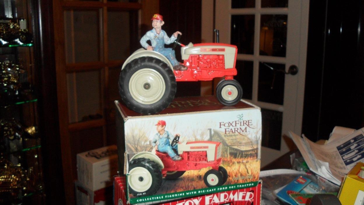 Ertl Ford 901 Tractor Foxfire Farm Jim #7 Charactor RARE 1/16