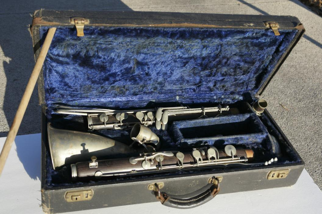 Beautiful Conn Connstellation Bass Clarinet