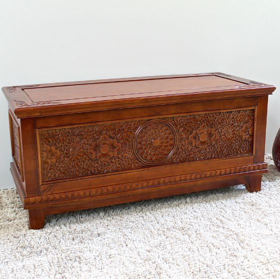 Wood Hope Chest Hand Carved Storage Trunk Bench Coffee Table Blanket Storage