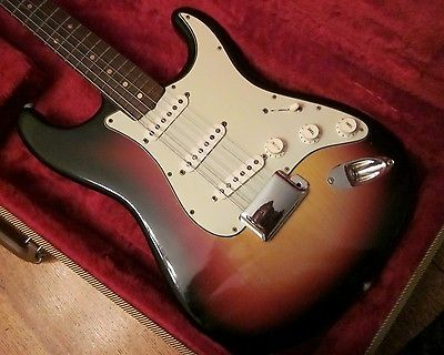 1963 Fender Stratocaster Guitar- Super Fine Condition!
