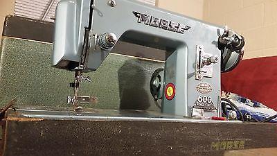 VINTAGE MORSE 600 HEAVY DUTY SEWING MACHINE 1956