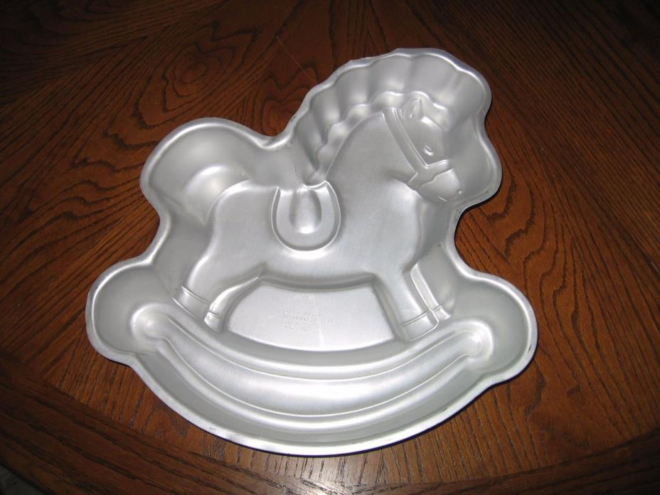 Wilton 1984 Rocking Horse Cake Pan
