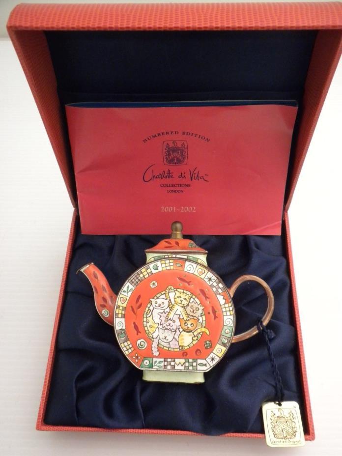 Charlotte Di Vita Cool Cats Teapot, C060 Mint Condition in Box