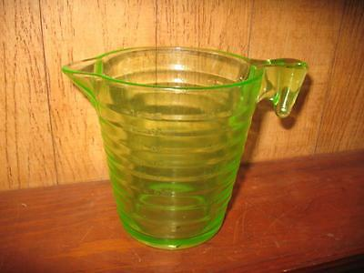 VINTAGE GREEN DEPRESSION GLASS 2 CUP MEASURING CUP
