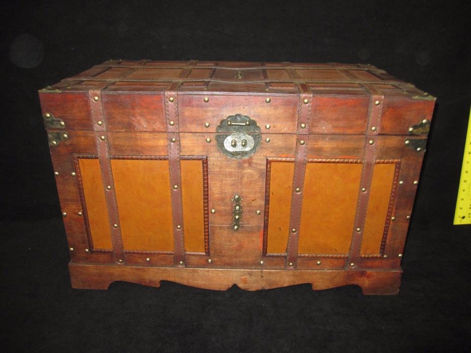 Vintage Look Antique Style Steamer Storage Trunk - Decorative Home Decor
