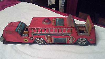 ANTIQUE TOY METAL FIRE TRUCK