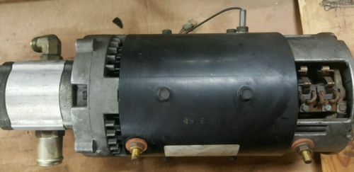 Electric Caterpillar motor with Barnes hydraulic pump 36v P90-4002