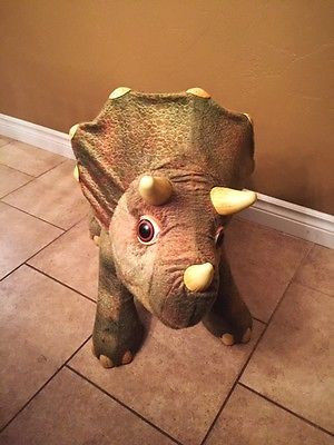 Playskool Kota My Triceratops Dinosaur Discontinued by manufacturer no leaf