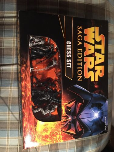 Parker Brothers Star Wars Saga Edition Chess Set- 2004 -  Complete - NIB