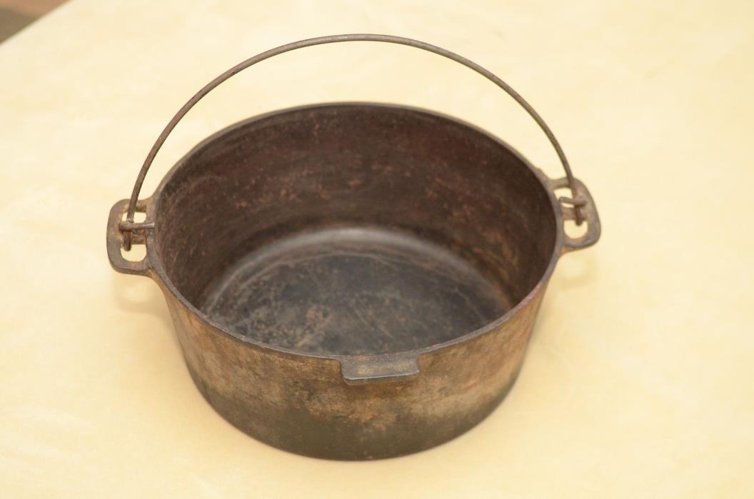 large cast iron pot for sale classifieds. Black Bedroom Furniture Sets. Home Design Ideas