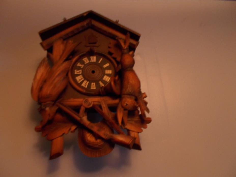 VINTAGE HUNTER CUCKOO CLOCK CASE
