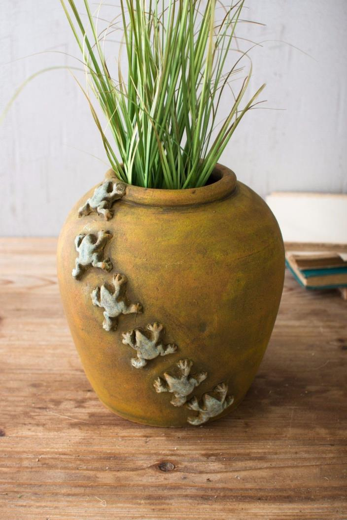 Frogs Planter Clay Pot  Flower Pottery Weathered ,8.5'' x 9.5''H.