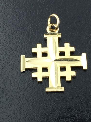 1k yellow gold Jerusalem cross, 2.1 grams