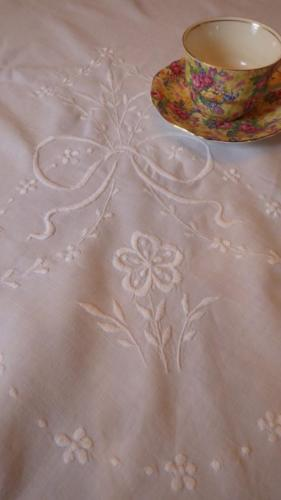Large Antique Vintage Embroidered White Cotton Tablecloth 50