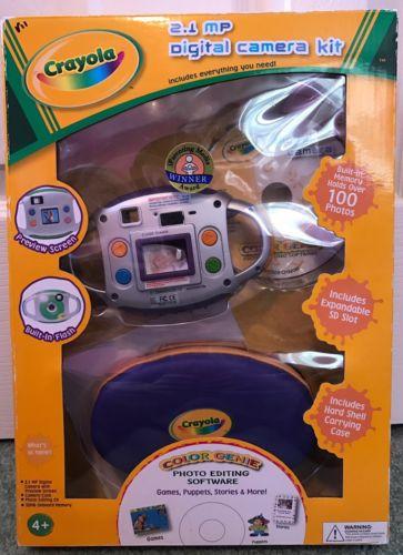 Crayola 2.1 MP Digital Camera Kit Purple Accents