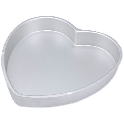 Decorator Preferred Cake Pan-Heart 12
