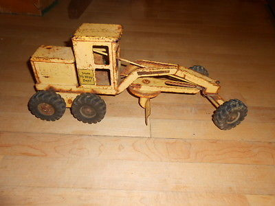 Vintage 1950s Tonka Toy Road Grader Yellow Pressed Steel