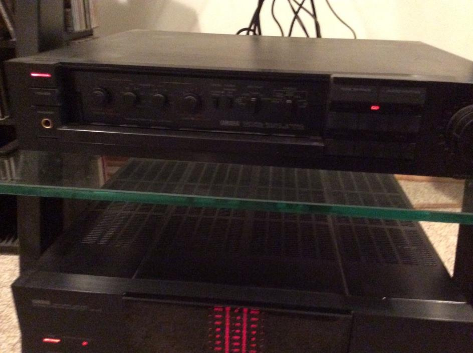 Yamaha C85 Natural Sound Stereo Control Amplifier