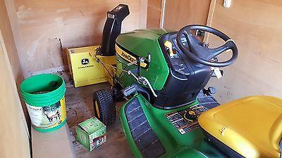 John Deere 300 Lawn Tractor