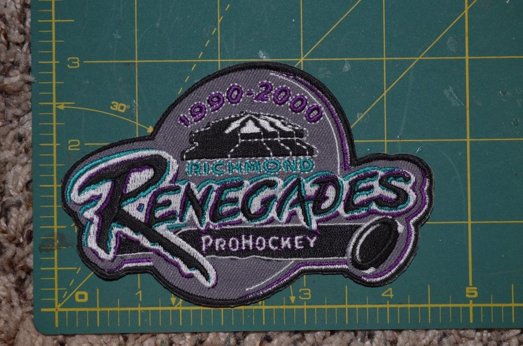 Richmond Renegades 10th Anniversary Vintage Minor Hockey Jersey Crest 4