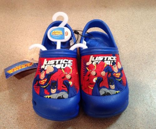 Boy's Justice League Shoes Size 7 New With Tags